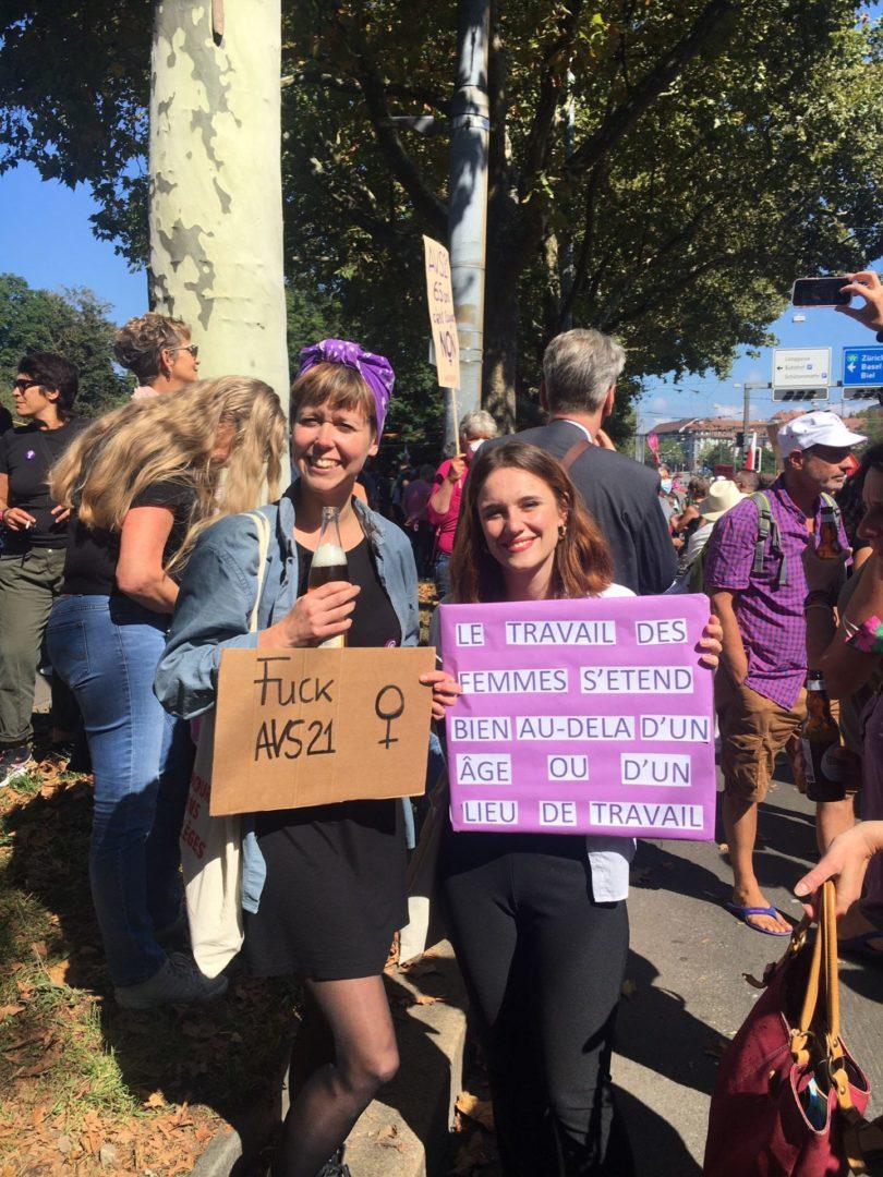"""AVS 21: manifestation à Berne """"pas de réforme sur le dos des femmes"""""""
